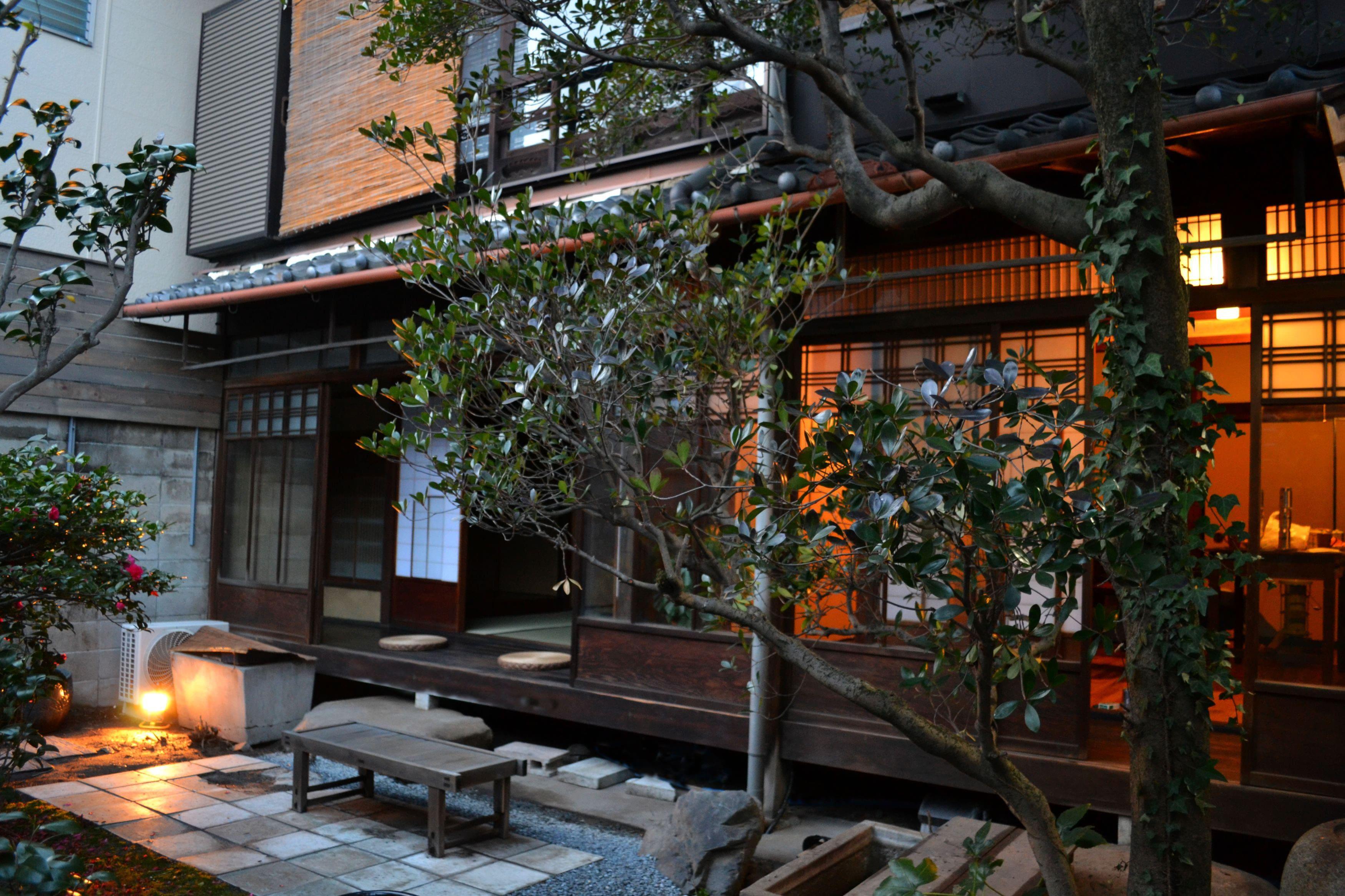 |京都|ゲストハウス|二条城の近くで町家暮らしー清掃業務はありませんー
