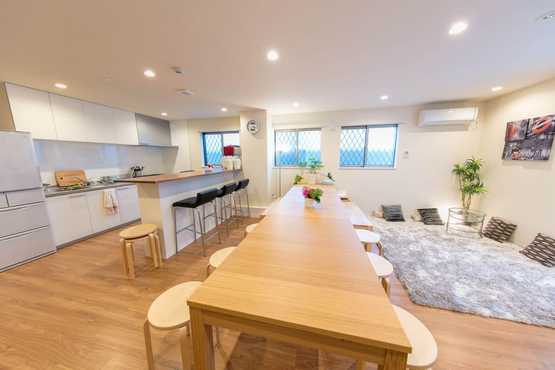|大阪|ゲストハウス|ゲストハウスのお手伝いをしてくれる宿直ヘルパー(フリーアコモデーション)を募集しています