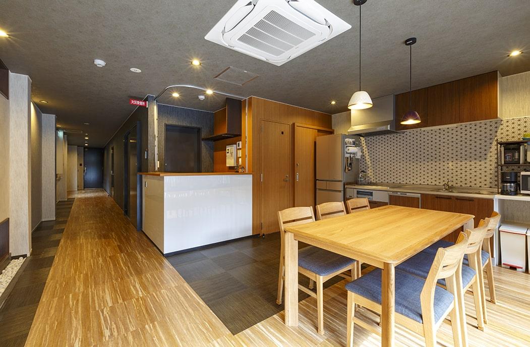 |京都|ゲストハウス|英語を使って楽しくお仕事しませんか?住み込みアルバイト募集中。週一仕事で家賃無料、月2万円支給。